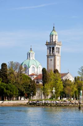 Čudovito Marijino svetišče na otočku Barbano, Tur Tur Turizem