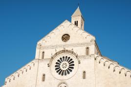 Bazilika svetega Nikolaja, Tur Tur Turizem