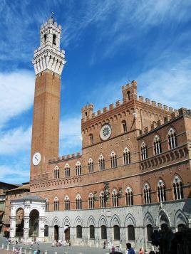"""Siena-poznavalci pravijo """"lepša kot Firence"""""""