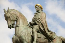 Napoleon Bonaparte; spoznajte ga s Tur Tur Turizmom