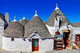 Trulli, edinstvene hišice s stožčasto streho, Tur Tur Turizem