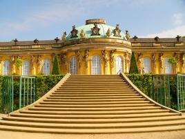 Sans Souci palača v Potsdamu