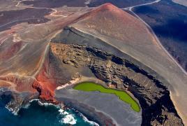 Tur Tur Turizem vas vabi v neverjetno pokrajino otoka Lanzarote